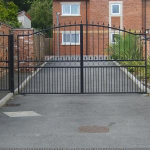 Duffield & pedestrian wrought iron gate (Courtesy of Automation Gates)